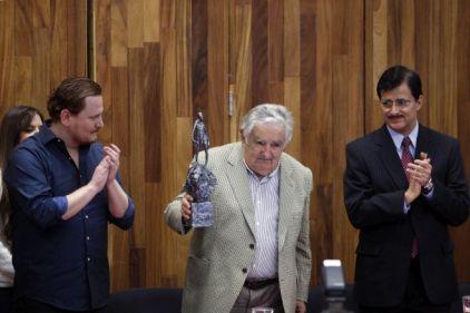Galardón Corazón de León a José Mujica, Presidente de Urugua