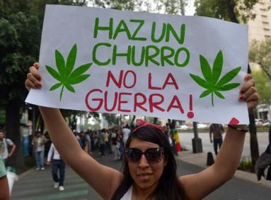 MEXICO-CANNABIS-LEGALIZATION-MARCH